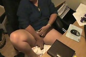 spy livecam caught my mama masturbating at
