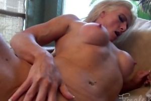 mandy foxx aged fitness masturbation