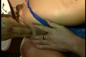 mom tries her st anal fist