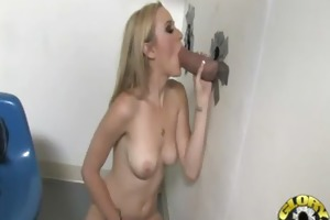 white d like to fuck sucking and licking a dark