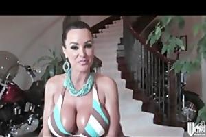 nasty presents bigtit mother i pornstar lisa ann