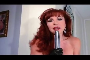 hawt redhead cougar diddles in leather