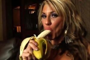hawt a-hole muscle mother i eats a banana