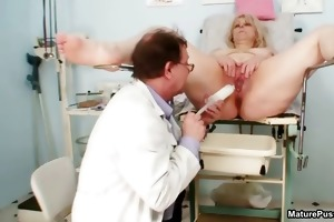 chunky older housewife goes crazy part2