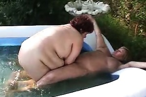this hardcore lesbo clip took place outdoors with
