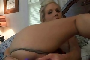 lustful wife jolene gets a large facial