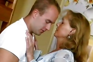 beautiful mommy copulates with guy